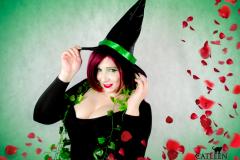 catleencosplay-poisonivy-halloweenwitch-4